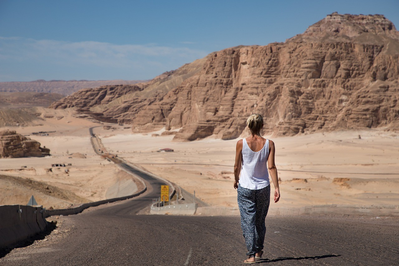 woman, walking, desert